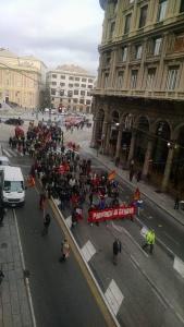 La protesta dei dipendenti delle Province a Genova